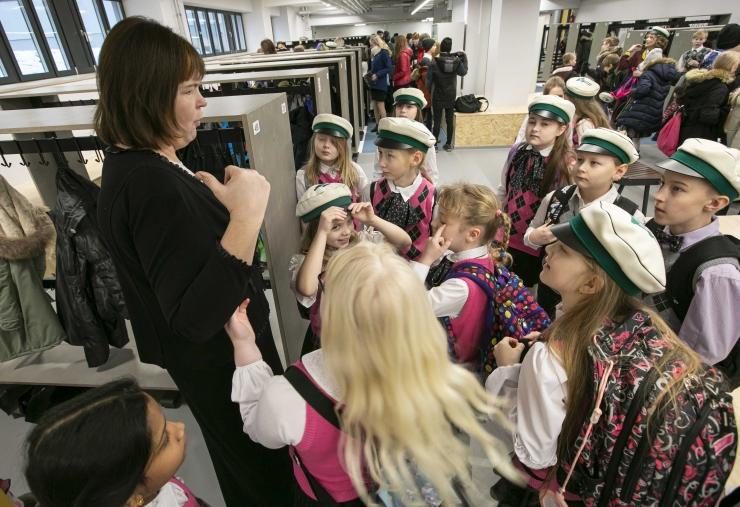 VIDEO! Õpetajate palgatõus: valitsus jagab haridustoetuseks 353,7 miljonit eurot
