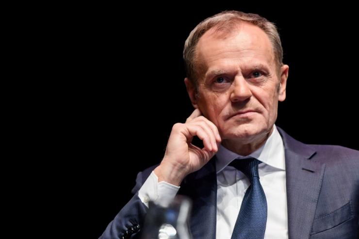Tusk ja Seeder arutasid Fideszi staatust Euroopa Rahvaparteis