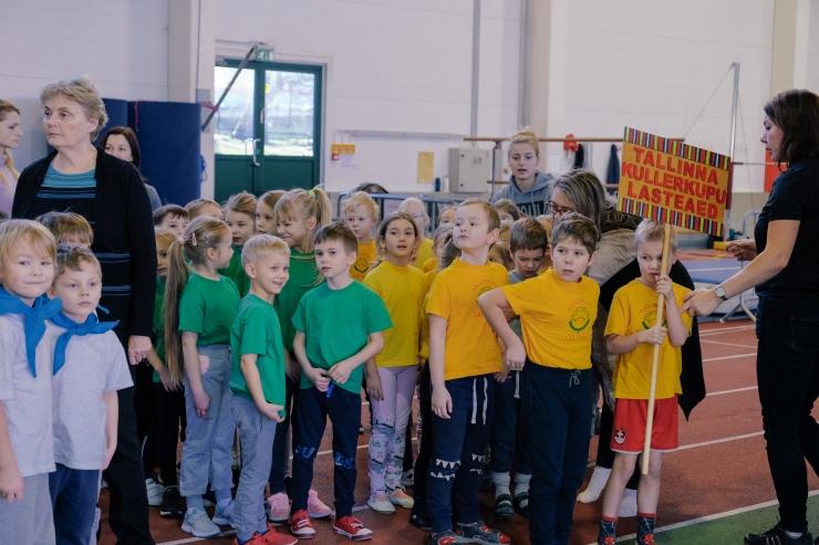 FOTOD! Kristiine koolieelikute Talvetrallil osales üheteistkümnest lasteaiast 350 last