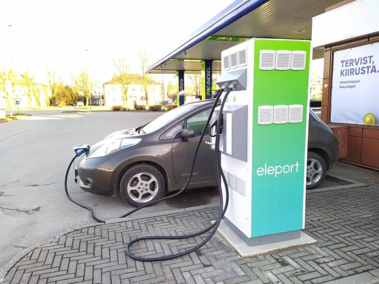 VIDEO! Tallinnas kasvab oluliselt elektriautode laadimiskohtade arv