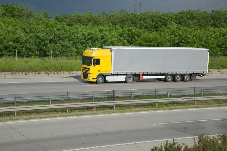 Aas: maanteepakett diskrimineerib Euroopa äärealade ettevõtjaid