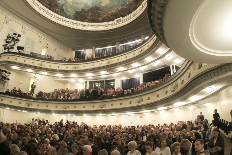 Rahvusooper Estonia tähistab iseseisvuspäeva Eesti autorite teostega