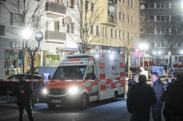 Saksamaal sai eile hilisõhtul kahes tulistamises surma vähemalt üheksa inimest