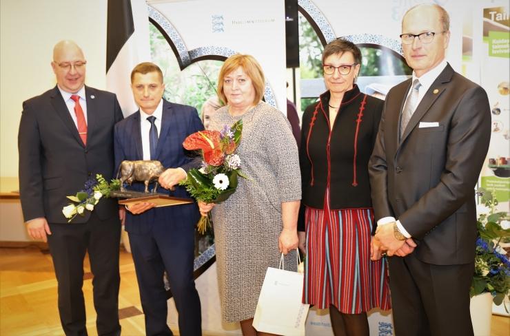 FOTOD! Maaeluministeeriumi teenetemärkidega tunnustati 26 inimest