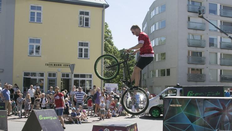 Toetus aitab rajada rattale kodu juurde parkimismaja