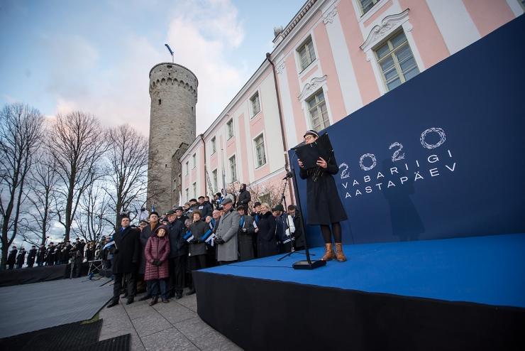 FOTOD JA VIDEO! Tuhanded eestlased tähistasid Tallinnas vabariigi aastapäeva