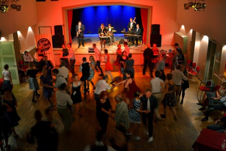 Nõmme kultuurikeskus kutsub laupäeval Leap Night Swing ehk Liigpäeva peole