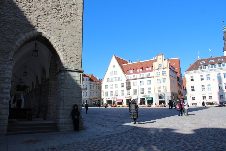 Tallinna vanalinn ootab mahla- ja jäätisemüüjaid
