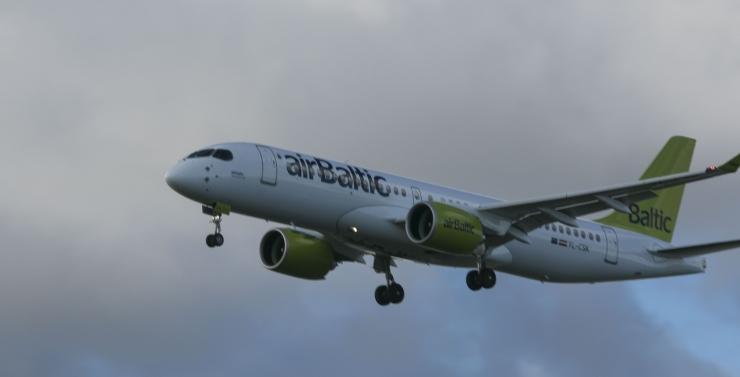 Air Baltic langetab koroonaviiruse tõttu lennumahtusid 4 protsenti