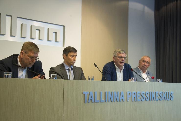 VAATA OTSE KELL 12: Linnavalitsuse pressikonverentsil osalevad haiglate esindajad