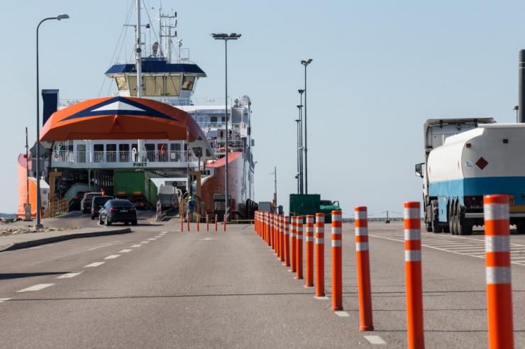 Valitsus kehtestas liikumispiirangu saartele