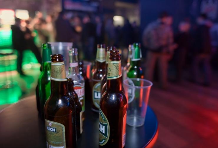 Öine alkoholimüük on eriolukorra lõpuni keelatud