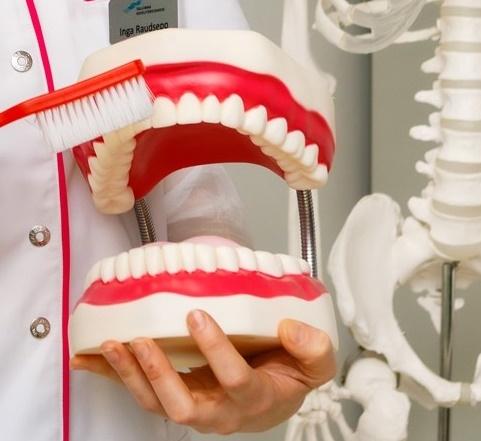 Ligi 40% õpilastest peseb hambaid vaid üks kord päevas