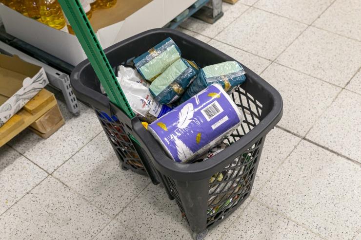 VIDEO! Eriolukorras aitab Tallinn abivajavatel linlastel toidu koju tuua
