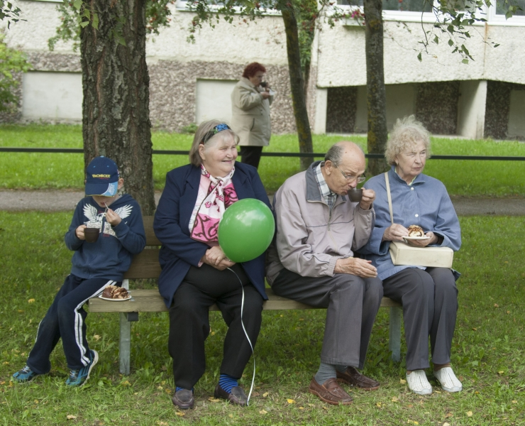KINDLUSTUNNE EAKATELE: pensionid ei vähene
