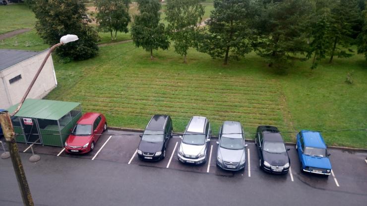 """""""Hoovid korda"""" projektiga rajatakse Lasnamäele 52 uut parkimiskohta"""