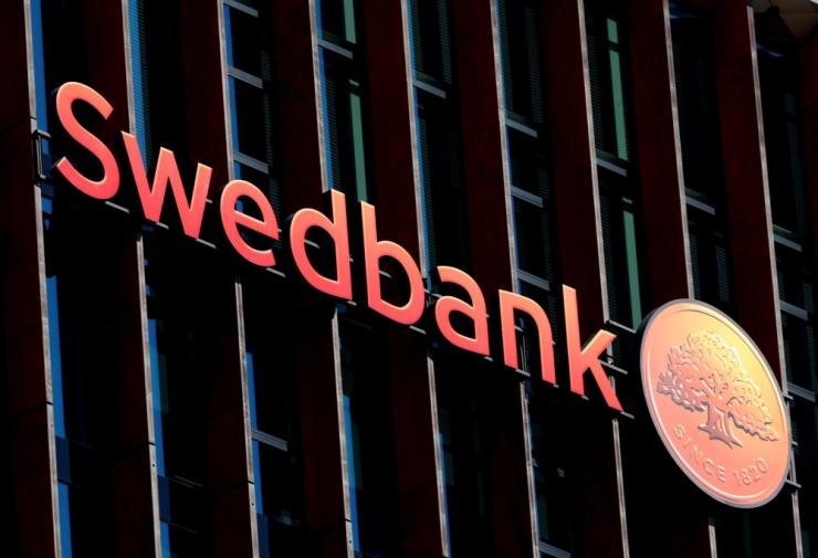 Rahata jäänud investorid tegid Swedbanki vastu kuriteoteate