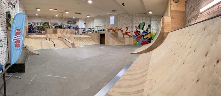 Uue kontseptsiooniga Pääsküla siseskatepark sai valmis