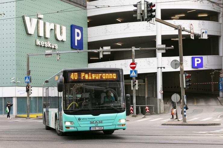 Tallinna ühistransport töötab reedel pühapäevase sõiduplaani alusel