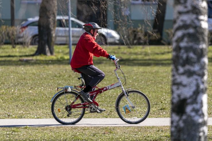 Heategevuslik rattasõit kogus Kuressaare haiglale ligi 11 000 eurot