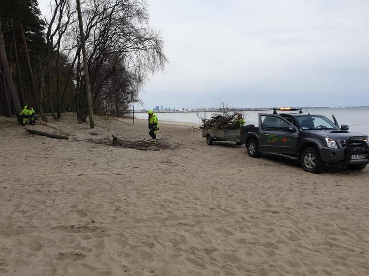 Pirita rand valmistub suvehooajaks põhjalike puhastustöödega