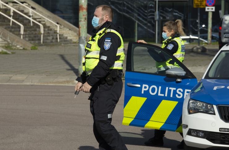 VIDEO! Politseile teeb muret inimeste valmisoleku vähenemine reegleid järgida