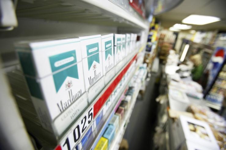 Kolmapäevast keelustatakse iga neljas legaalne sigaret Eestis