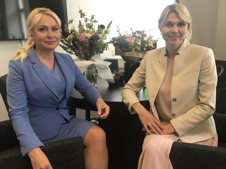 Rahvastikuministrid Solman ja Palo: riik peab olema eeskujuks paindlike lahenduste väljatöötamisel, et hõlbustada pere- ja tööelu ühildamist