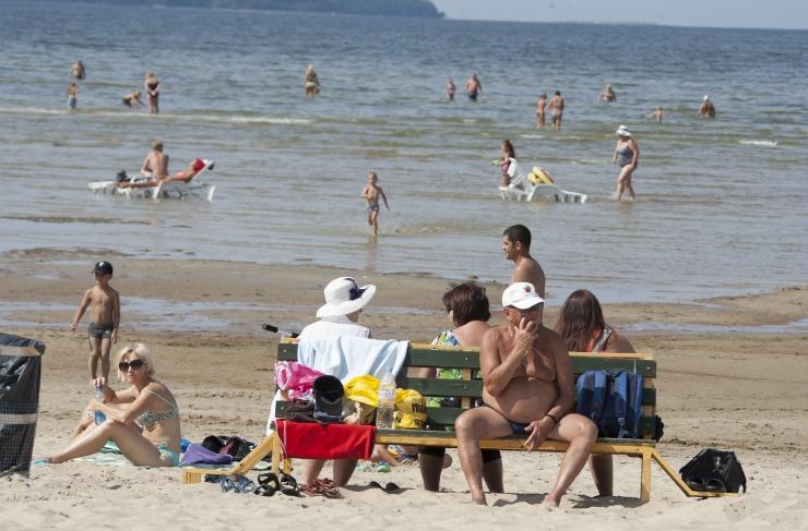 VIDEO! Terviseamet: kui vaja, sulgeme Stroomi ranna, aga täna on suplusvee kvaliteet korras