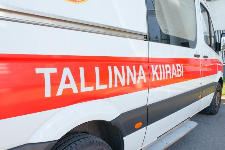 Tallinnas Laagna teel hukkus raskes liiklusõnnetuses inimene