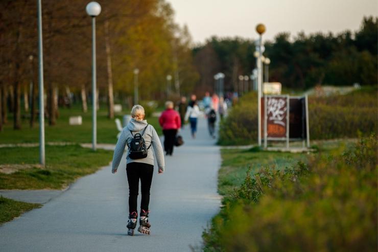 Kümmekond rulluisutajat tahab kahe ööga jõuda Tallinnast Tartusse