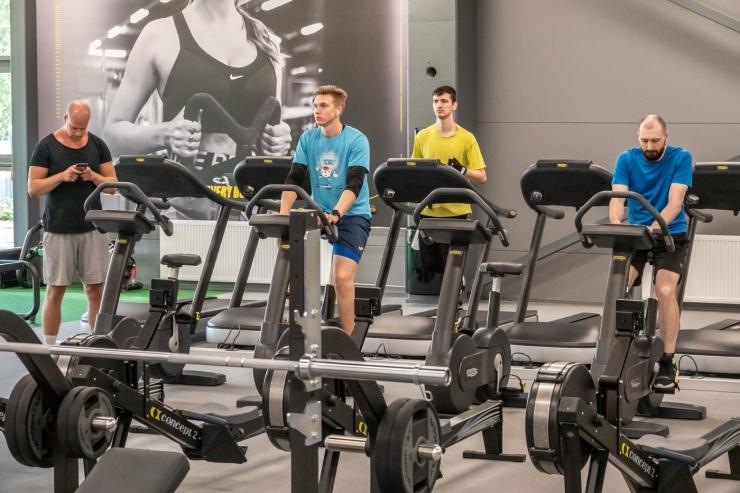 FOTOD! Ülemiste keskuses avati Eesti suurim Gym! jõusaal