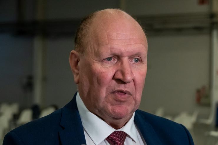 Mart Helmet maha lasta ähvardanud vangi ootab Eestist väljasaatmine