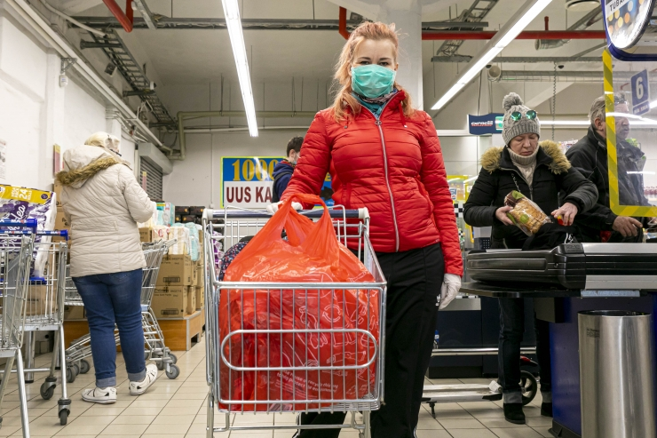 Swedbank: juunis jätkus hinnalangus