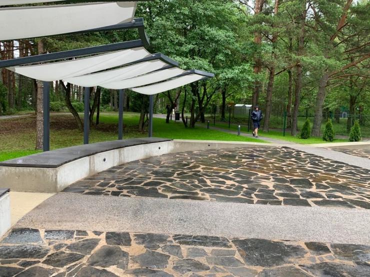 VIDEO! Pärnamäe kalmistu sai väärika sissepääsuala