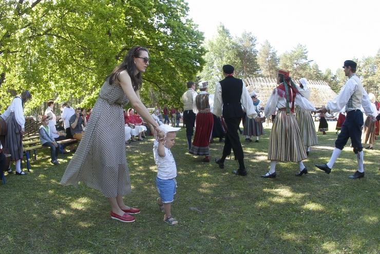 PIIRANGUD MAHA: Tallinna suveüritused koguvad taas hoogu, välisündmustel kuni 2000 inimest