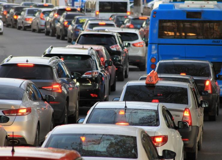 VIDEO! Uuring: Pirita tee ummikute vastu aitab ainult autode kasutamise vähenemine