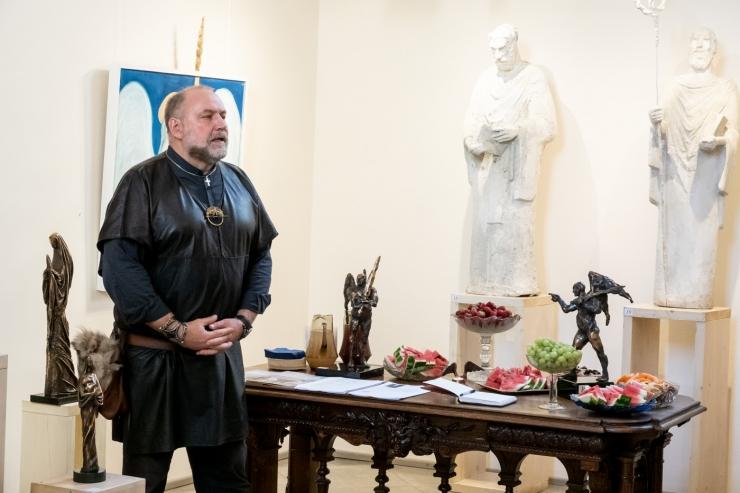 FOTOD JA VIDEO! Tauno Kangro avas uue näituse Jaani kirikus
