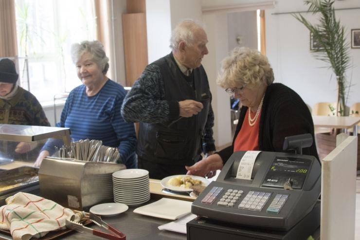 VIDEO! Kesklinna sotsiaalkeskus avas taas oma uksed