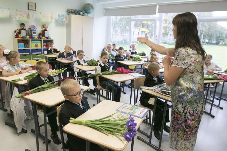 VIDEO! Haridusalgatus saadab spetsialistid koolidesse õpetajateks