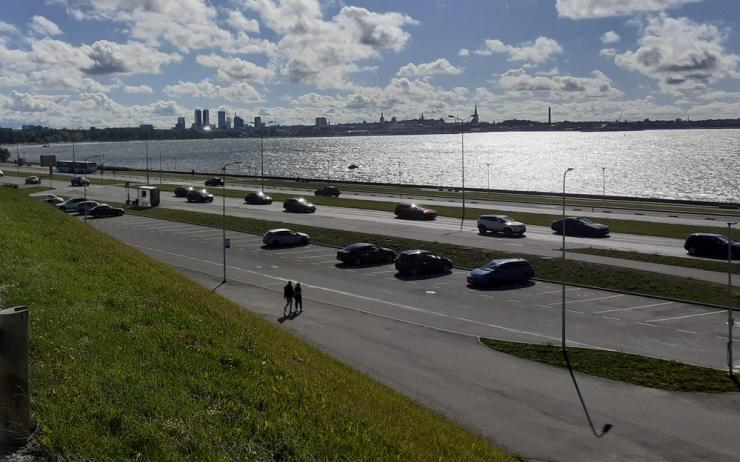 VIDEO: Pirita teel alustatakse ühistranspordiraja ehitusega