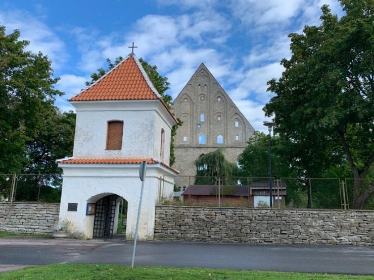 Pirita otsib kloostrivaremetele kasutusideid