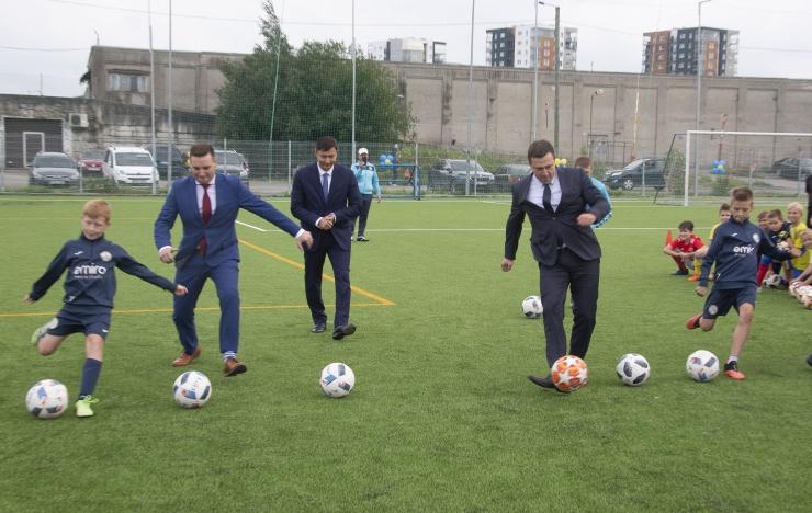 FOTOD JA VIDEO! Võidujooksu jalgpalliväljak läbis uuenduskuuri