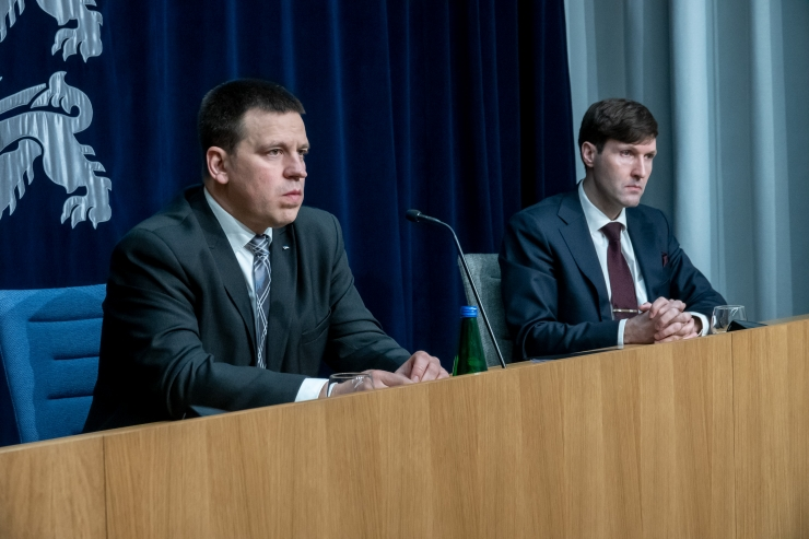VAATA OTSE SIIT KELL 12: Ratas räägib koroonaviiruse hetkeolukorrast Eestis