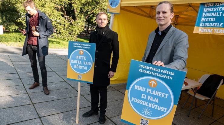 VIDEO! Tuumajaamade pooldajad korraldasid Tallinnas ja Tartus meeleavalduse