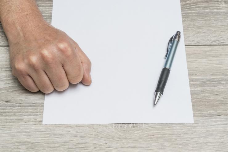 Lugeja küsib: kas töövõtulepingut ikka tohib sõlmida?