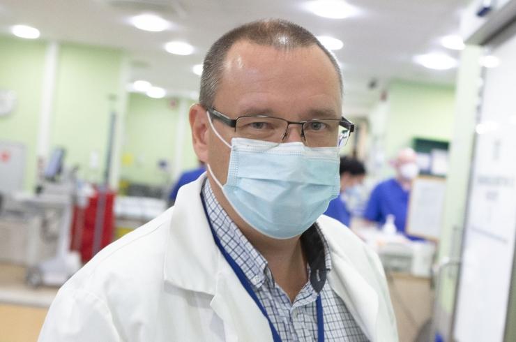 Doktor Popov: miks on COVID-19 ohtlik ja mida saame teha selleks, et seda peatada?