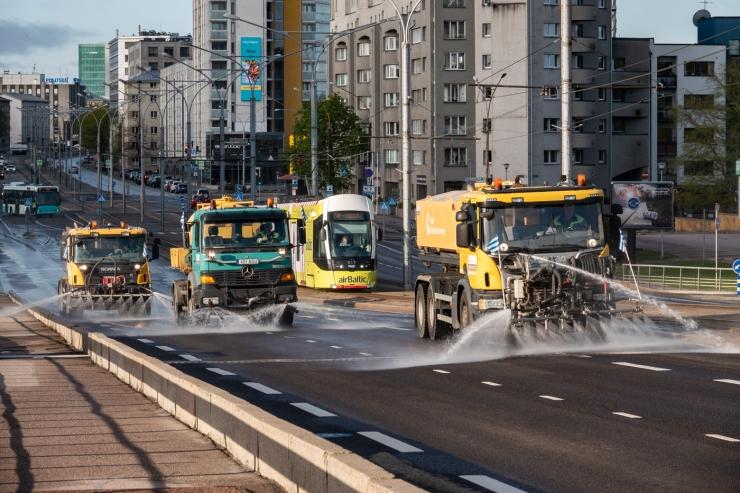 VIDEO! Tuleval aastal puhastab Tallinna tänavaid uus linnapuhastusüksus