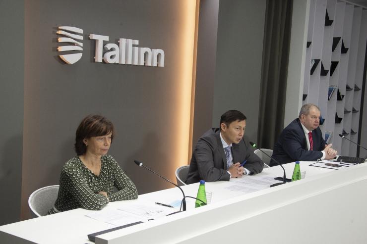 VAATA OTSE KELL 12! Tallinna linnavalitsuse pressikonverents koroonaviiruse tõrjumisest ja pealinna jõulukaunistustest